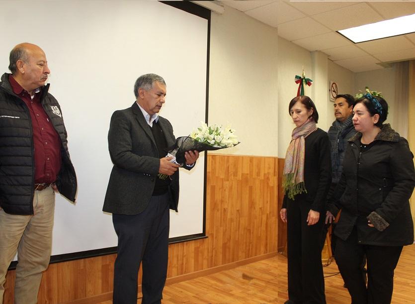 Homenaje Póstumo Al Dr. Luis Fernando Flores Lui